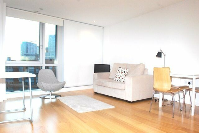 STUNNING DESIGNER FURNISHED STUDIO APARTMENT - ONTARIO TOWER - CANARY WHARF / BLACKWALL/EAST INDIA