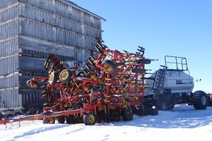 Bourgault 52' 8810 & 5350 tank