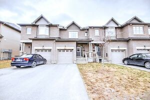 Modern 3 Bedroom Townhouse - Spring Valley Trails