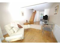2 bedroom house in SELKIRK ROAD, TWICKENHAM