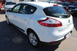 2013 Renault Megane III B95 MY13 Expression White 6 Speed Manual Hatchback Hyde Park Townsville City Preview