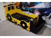 For Sale: Boys JCB Digger Bed