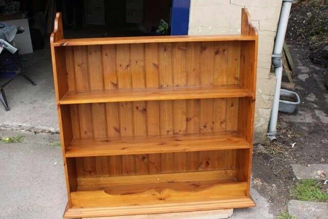 Wooden Bookcase for wall mounting Pine