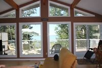 Lakefront House, 25 min. drive from Red Deer-Furnished