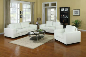 GORGEOUS BONDED LEATHER SOFA SET IN CHOCOLATE
