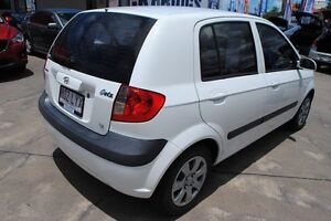 2009 Hyundai Getz TB MY09 SX Noble White 4 Speed Automatic Hatchback Townsville Townsville City Preview
