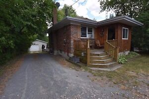 719 Kingston Mills Rd-$279,900