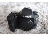 Canon EOS 7D DSLR Camera (Body Only) (not Nikon, Fuji or Sony Digital SLR)