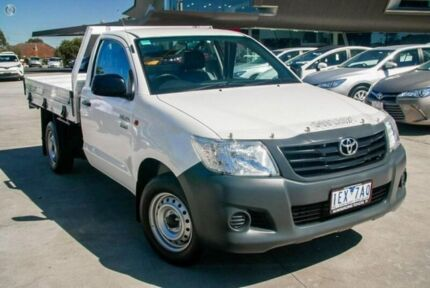 2015 Toyota Hilux White Manual Cab Chassis