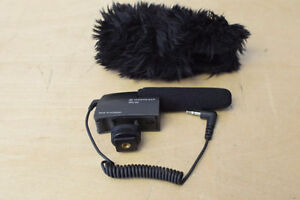 Sennheiser MKE 400 Compact Video Camera Shotgun Microphone**