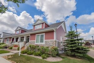 Duplex style  3 BD/3.5 BTH IN GRIESBACH FOR SALE