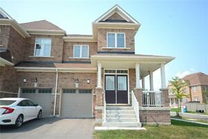 Semi-Detached With Fabulous Floor Plan Includes 9 Feet Ceiling