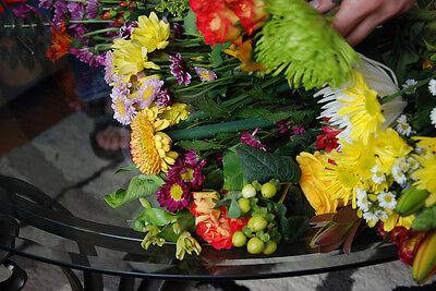 Flower-Power-Hochzeitsstrauß (Bilder: Birgit Achatz | (CC BY-SA 2.0, collectmoments | CC BY-ND 2.0)