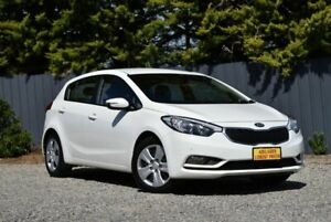 2015 Kia Cerato YD MY15 S White 6 Speed Sports Automatic Hatchback Morphett Vale Morphett Vale Area Preview