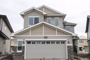 1544SQ.FT HOME IN LAUREL GREEN! UNDER $500,000!! WOW!