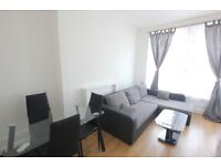 Stunning redecorated 2 bedroom property in Turnpike Lane!