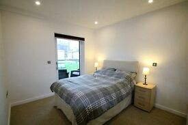1 bedroom LUXURY APARTMENT - CENTRAL CROYDON -