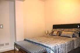 Newly renovated double en-suite, zone 1