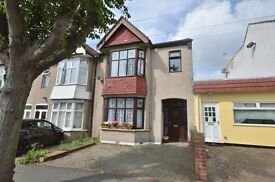 4 bed property - Large