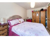 Beautiful 3 BED house with large garden perfect for family