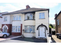 Spacious 4 Bed 2 Bath Semi-Detached House wtih Garage Driveway in Hendon Colindale NW9