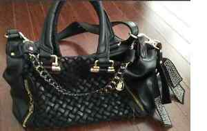 Online garage sale . Brand New leather bag $38