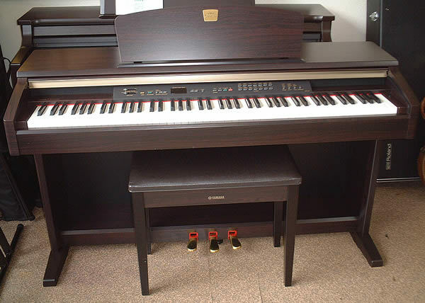 Yamaha clavinova clp 120 digital piano in great condition fully weighted keys free delivery for Yamaha fully weighted keyboard