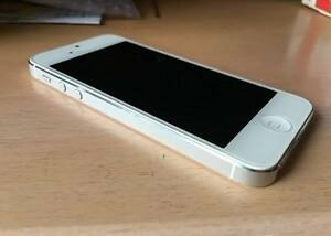 (AS NEW Condition) Apple iPhone 5 White 16GB Browns Plains Logan Area Preview