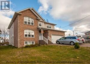 Selling Good Area Cheapest price in Bedford area by OWNER $560,0