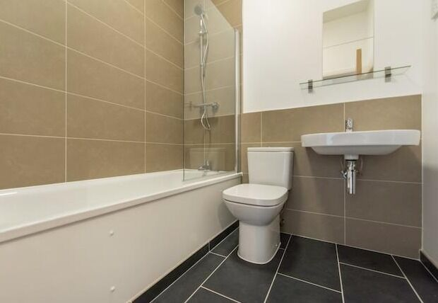 Modern - 2 Bedroom Apartment - Borough
