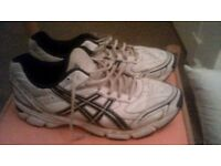 Good as New Men's Sports Trainers Size 12 For Sale