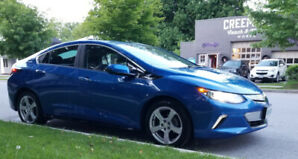 2017 Chevrolet Volt LT with Snows & Ext Warranty