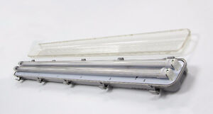 LED T8 4ft 4 bulb Tri-Proof Fixtures Kitchener / Waterloo Kitchener Area image 8