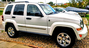 2007 Jeep Liberty Limited - LOW km.