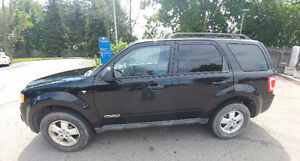 2008 Ford Escape XLT V6 178,000km