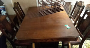 Antique Dining Room Table with 5 chairs