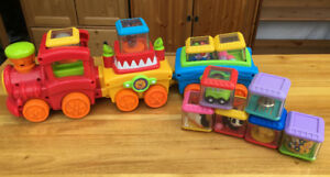 Fisher Price Peek a blocks train