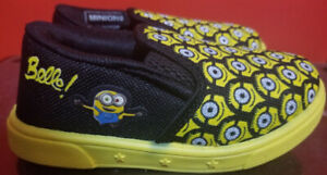 Brand New Boys Toddler Minion Size 9 Shoes-8 Inches in Length