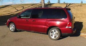 2006 Ford Freestar Sport Minivan, 7 Passengers