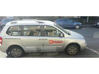 Leeds taxi kia sedona diesel 2.2 2011