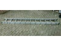 Extension ladder 5.7m