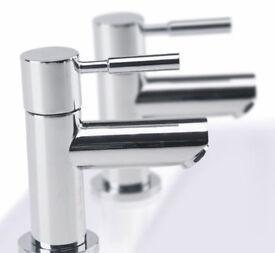 Bathroom Twin Taps Bath NEW £10