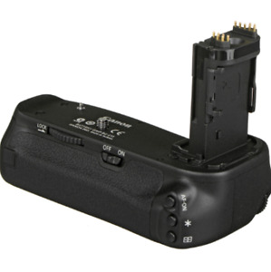 CANON 6D BATTERY GRIP 100$