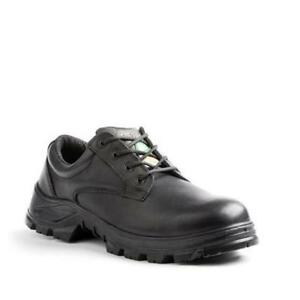 Selling men's safety shoes great condition