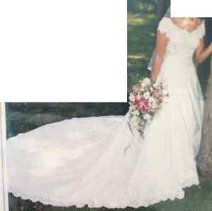 Wedding Dress for Sale Peterborough Peterborough Area image 2