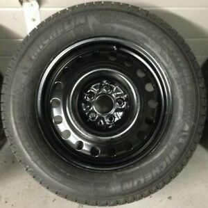 4x Michelin Latitude X-ICE Xi2 225 / 70 R16 Winter Tires w/ Rims Oakville / Halton Region Toronto (GTA) image 1