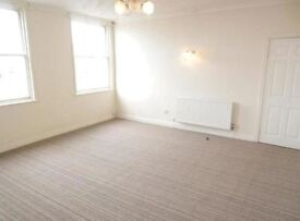 2 Bedroom apartment in central Scarborough town. Very large living room with no agency fees