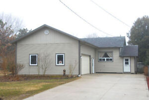 3 Bedroom Bungalow W/ Tons of Privacy & Outdoor Space!