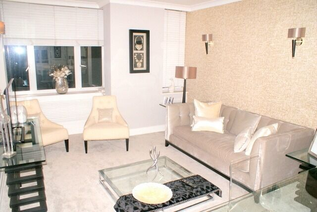 Stunning newly refurbished flat located in a modern portered block in the heart of Sloane Square
