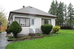 Beautiful detached bungalow in Whitby near Baldwin/George